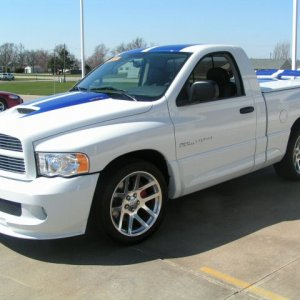 2005-Dodge-Ram-SRT-10-Commemorative-Edition.jpg